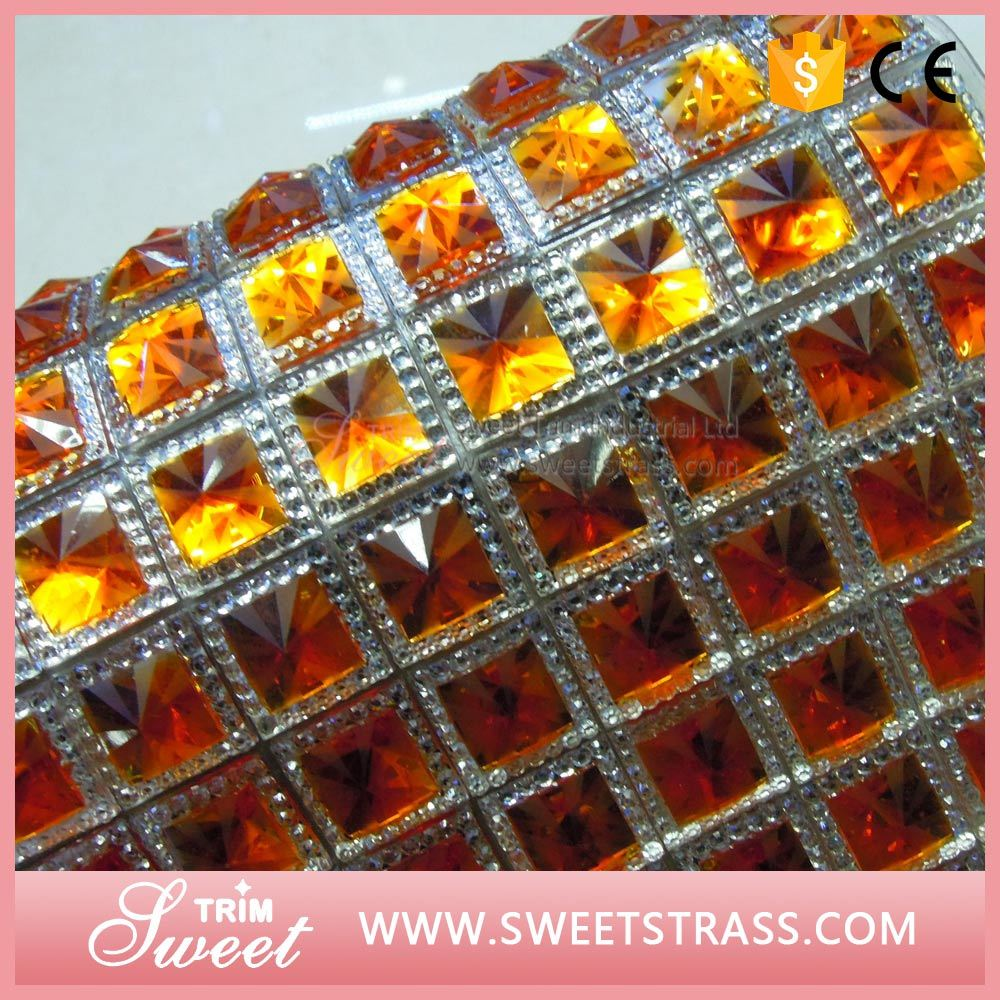Popular Style Wrap Roll Crystal Sheet Trimming for Decoration