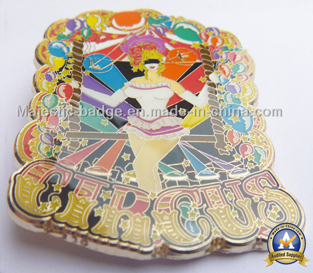 Gold Palted Zinc Die Cast Soft Enamel Epoxy Badge