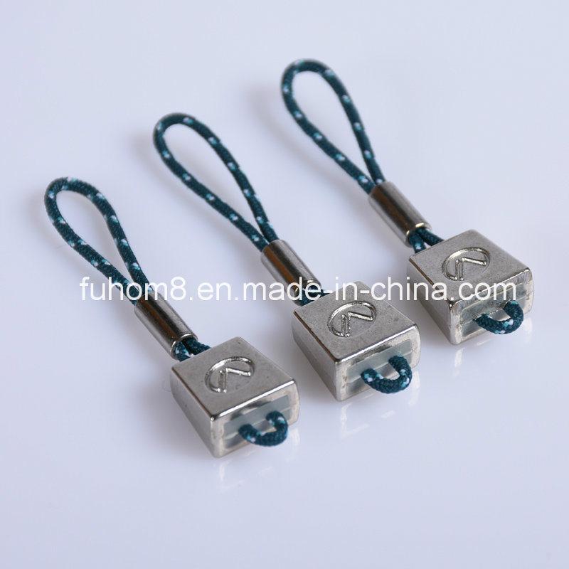 Customized Plastic Rubber Zipper Puller for Garment