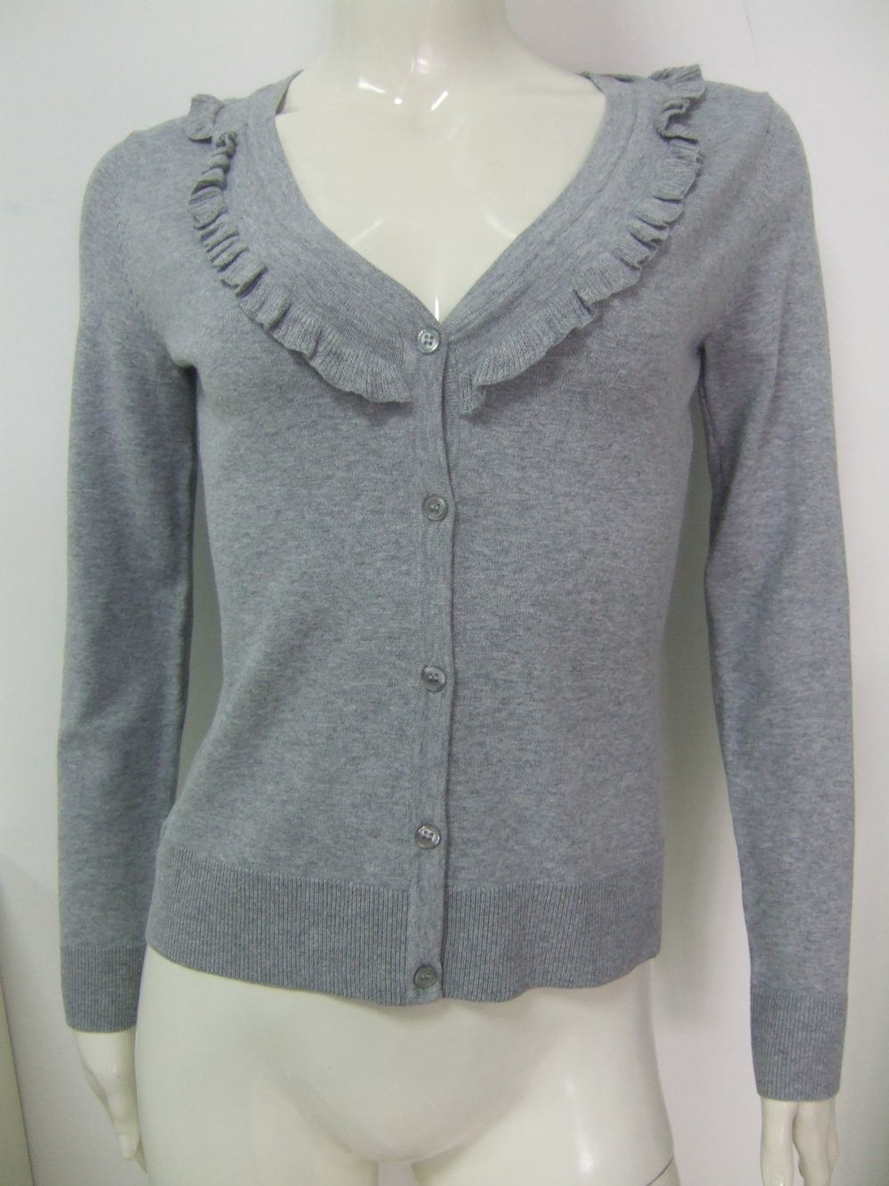 http://image.made-in-china.com/2f0j00vKEtVjMgOQoR/Women-s-V-Neck-Cardigan-SWW092905-.jpg