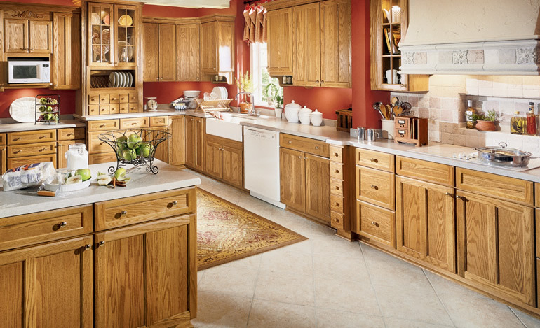 Kitchen modern kitchen designs for Oak kitchen cabinets