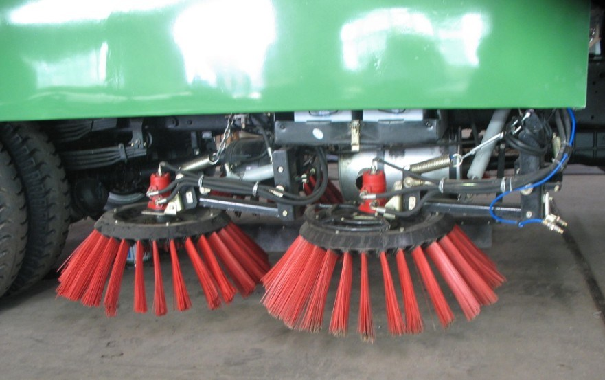 Suction and Sweeping Truck