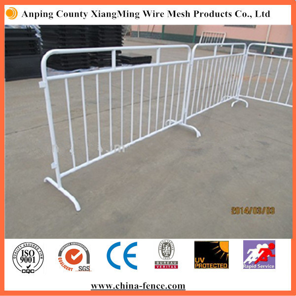 Powder Coating Crowd Control Barriers for Sale