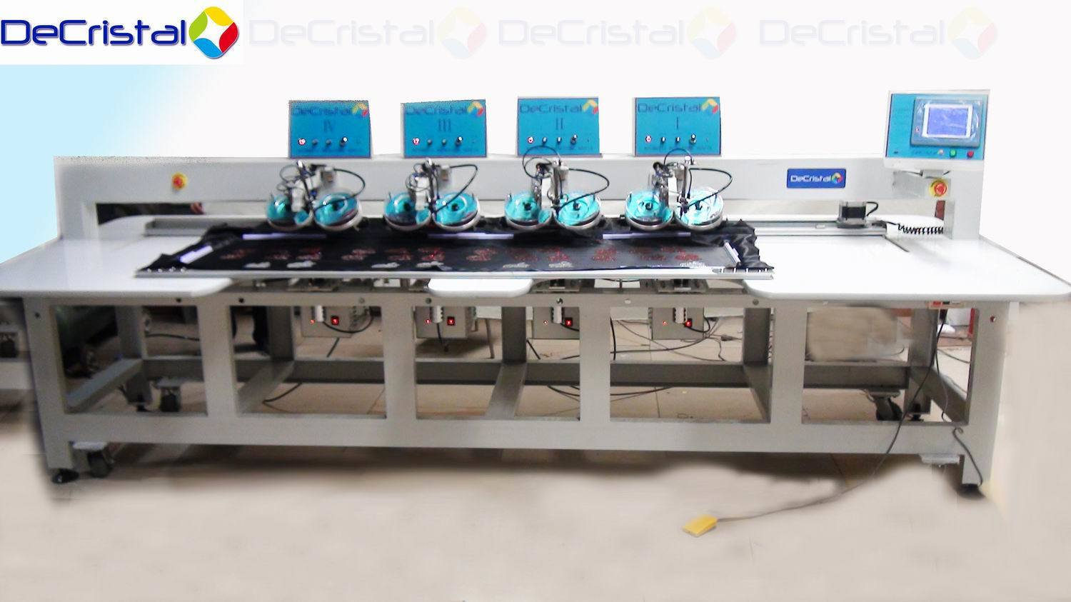 Automatic Multi-Head Hot Fix Rhinestone Machine for Garments, Dress