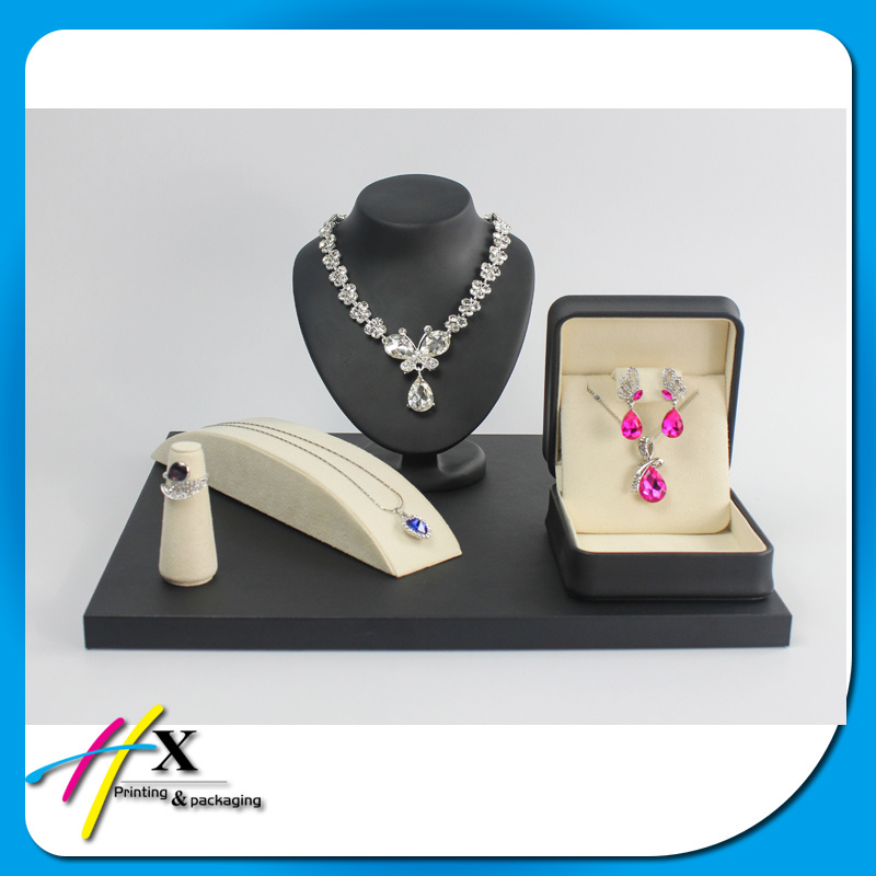 Guangzhou Factory Make Custom Leather Jewelry Case Stand Display