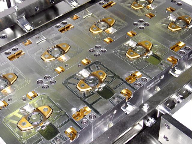 Precision Automotive Plastic Injection Mould for Auto Parts