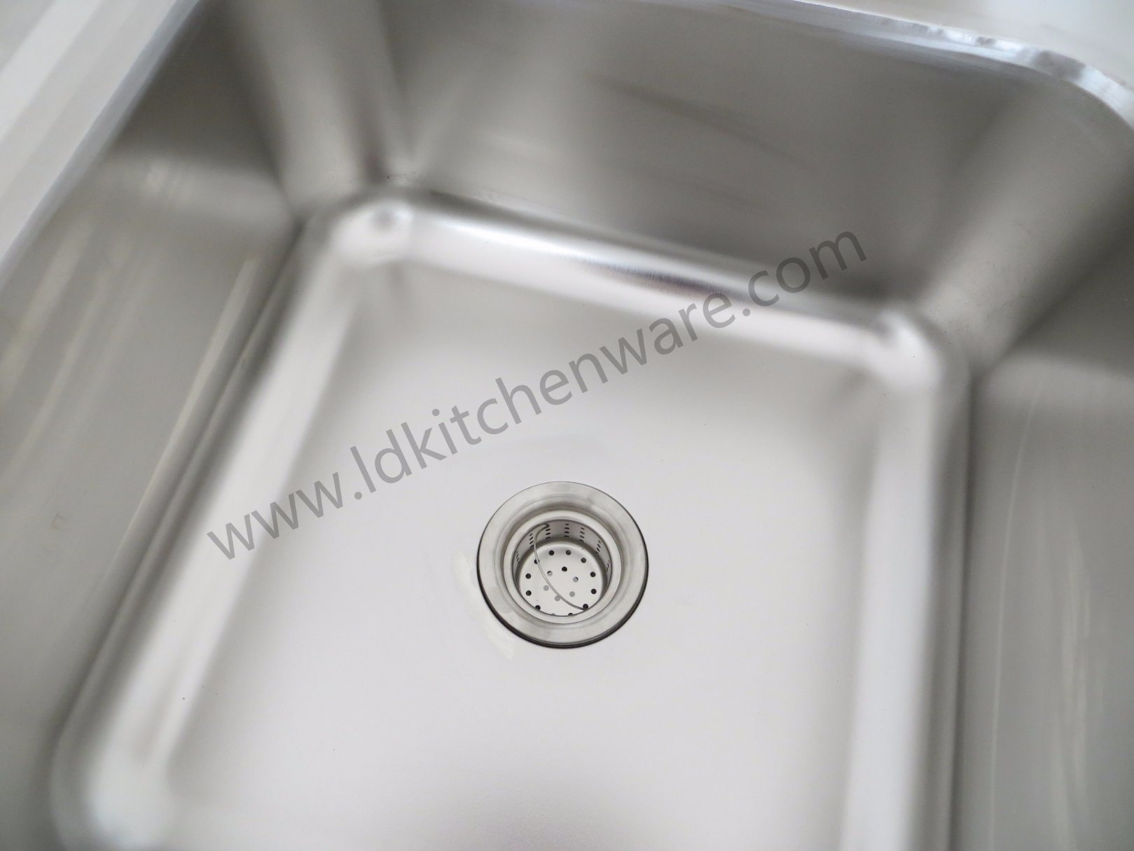 Stainless Industrial Sink Unit with Three Compartments
