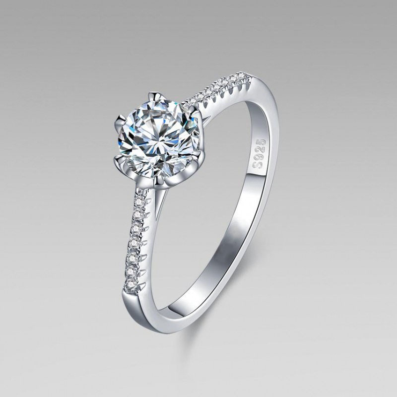 Fashion 925 Silver Engagement Ring with Cubic Zircon