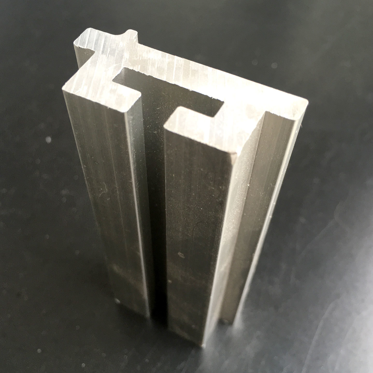 Extruded Aluminium Profile for Mechanical Parts