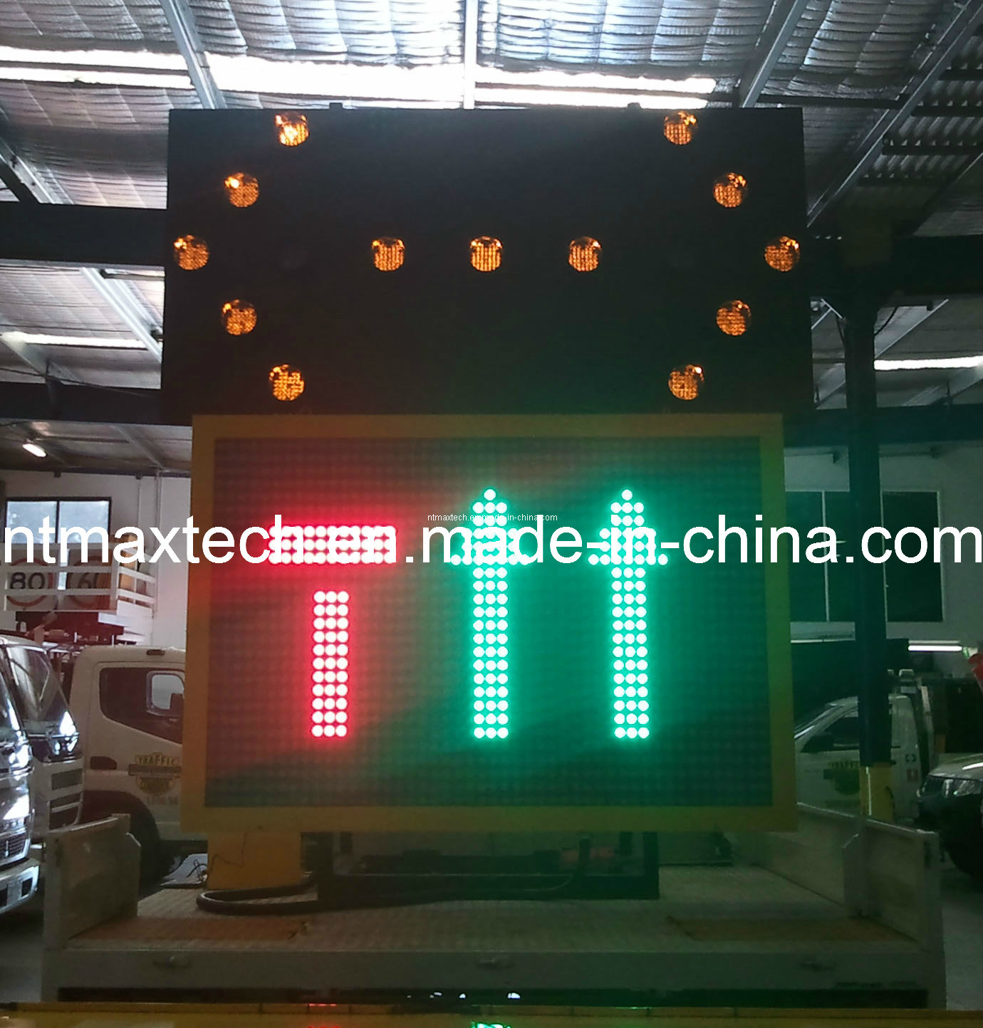 Combined Traffic Message Sign and Traffic Arrow Board Sign with High Quality