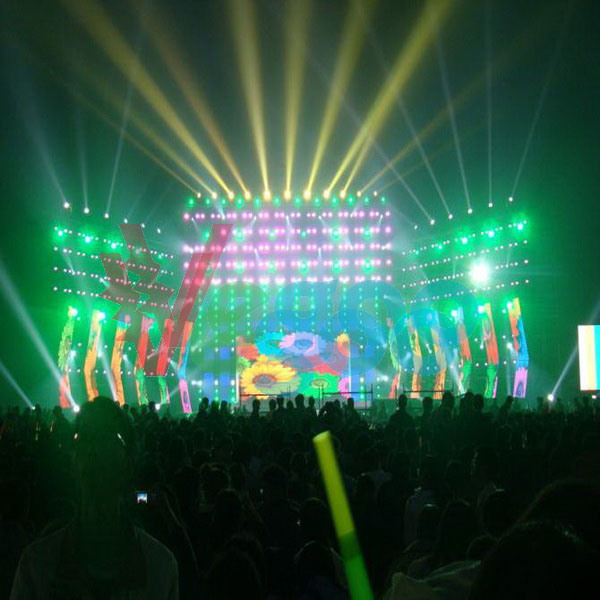 Indoor Full Color P4.81 Stage Performance Rental LED Display Screen