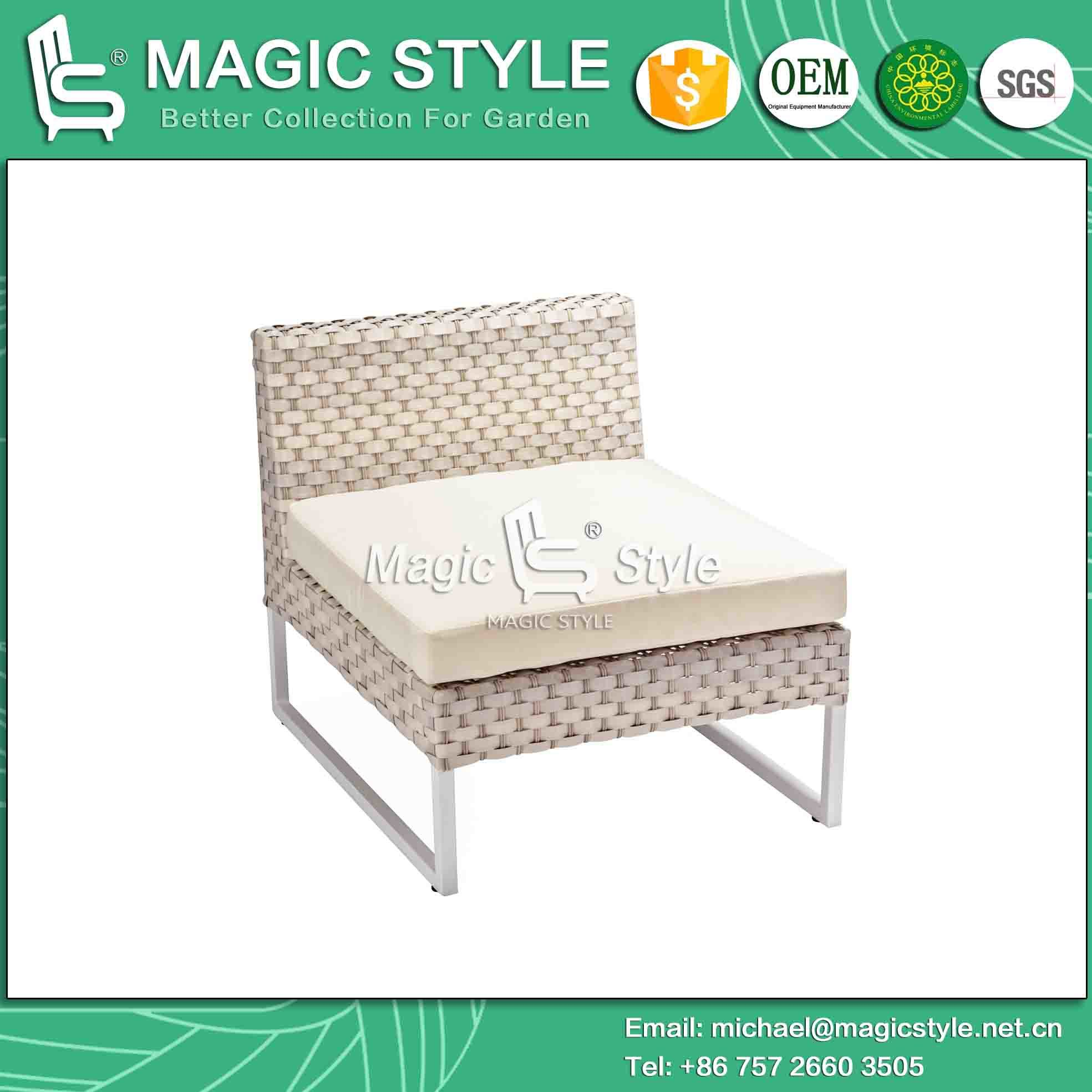 Kd Sofa with Cushion by Wicker Weaving Outdoor Sofa Set (Magic Style)