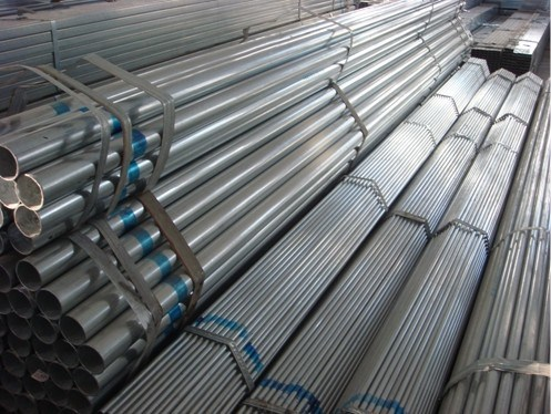 DIN 2440 Galvanized Steel Pipe with ISO Threads and Couplings