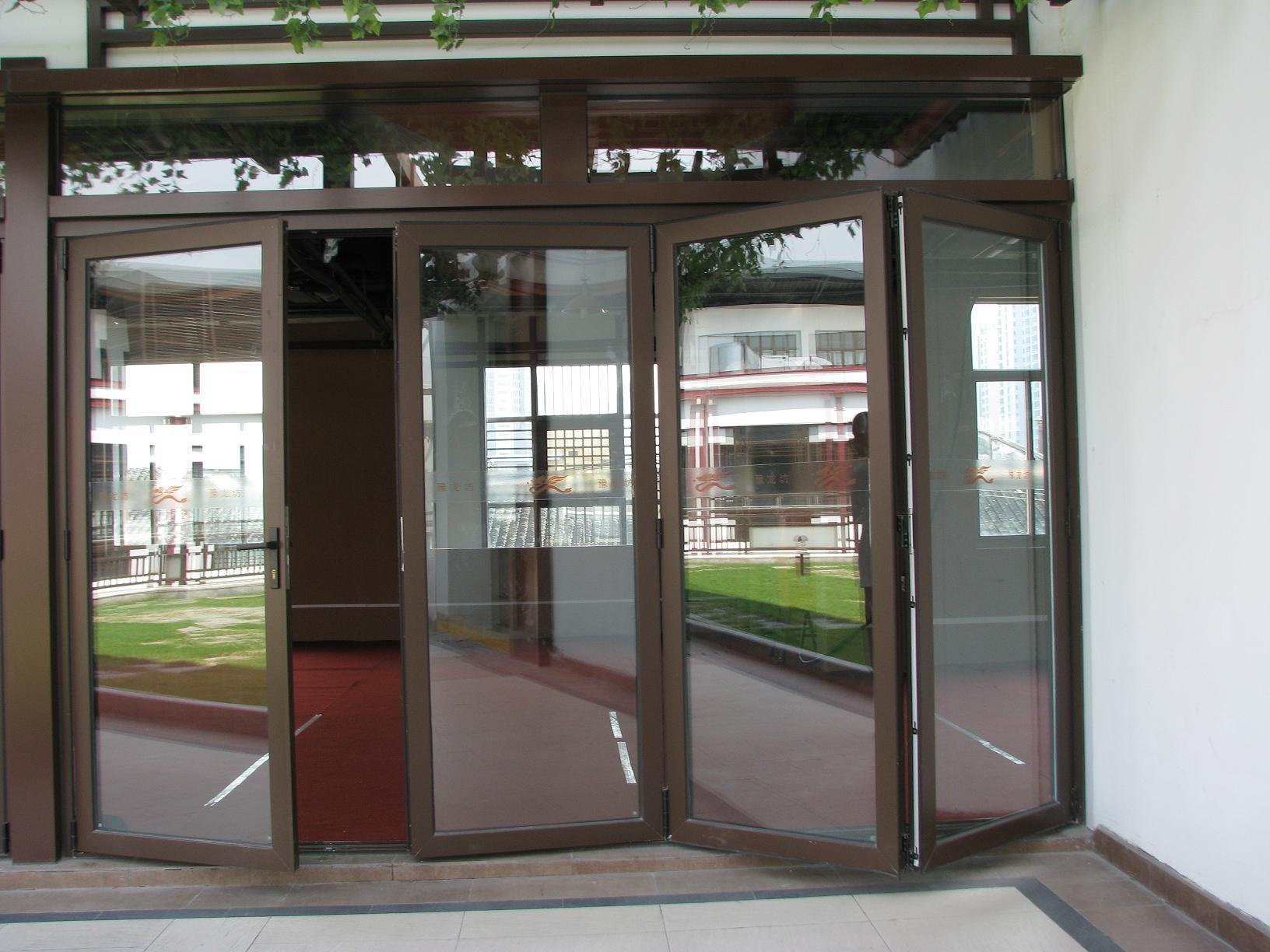 Bifold Doors: Kawneer Bifold Doors