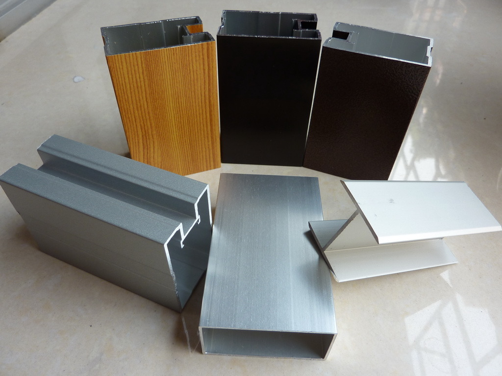 Aluminum Extrusion/Industrial Aluminium Profiles