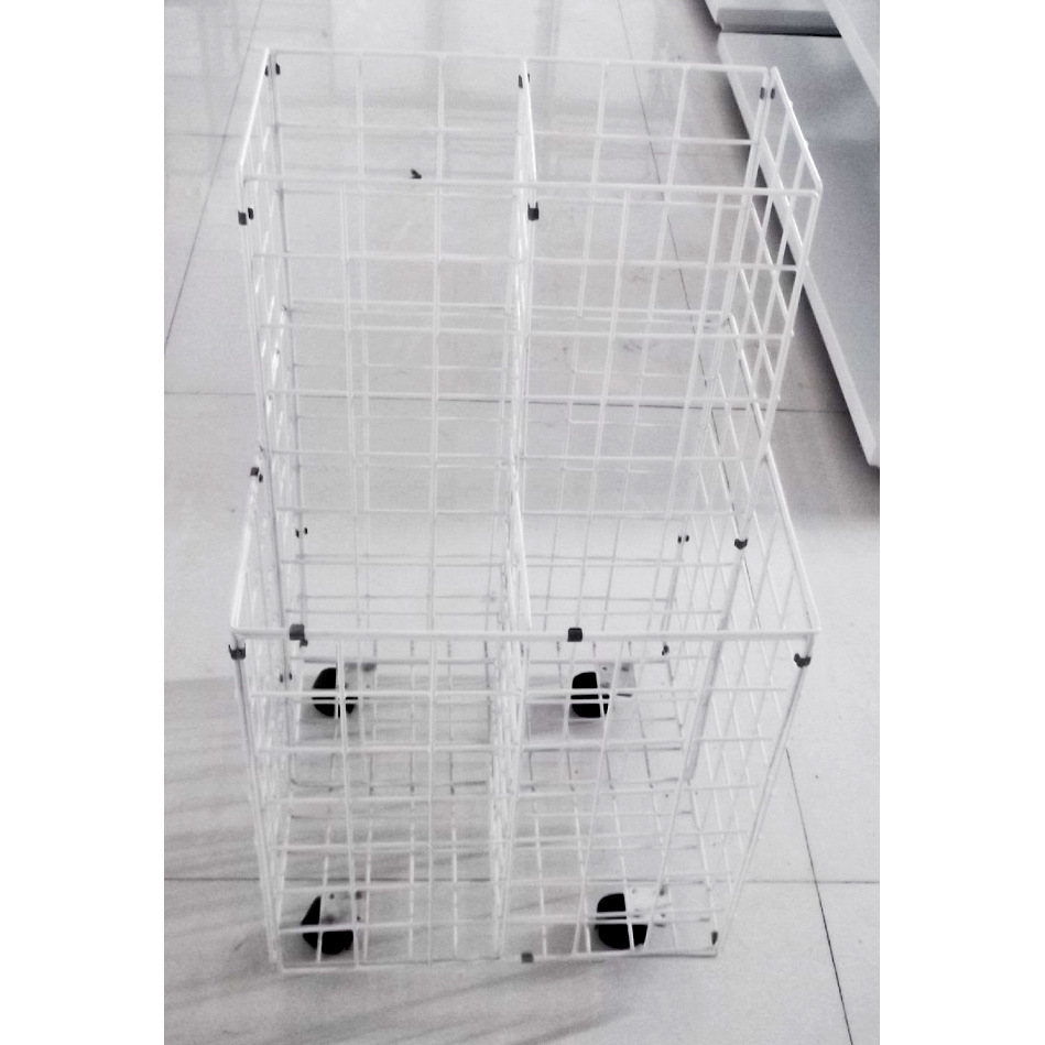 Metal Wire Storage Rack with Castors