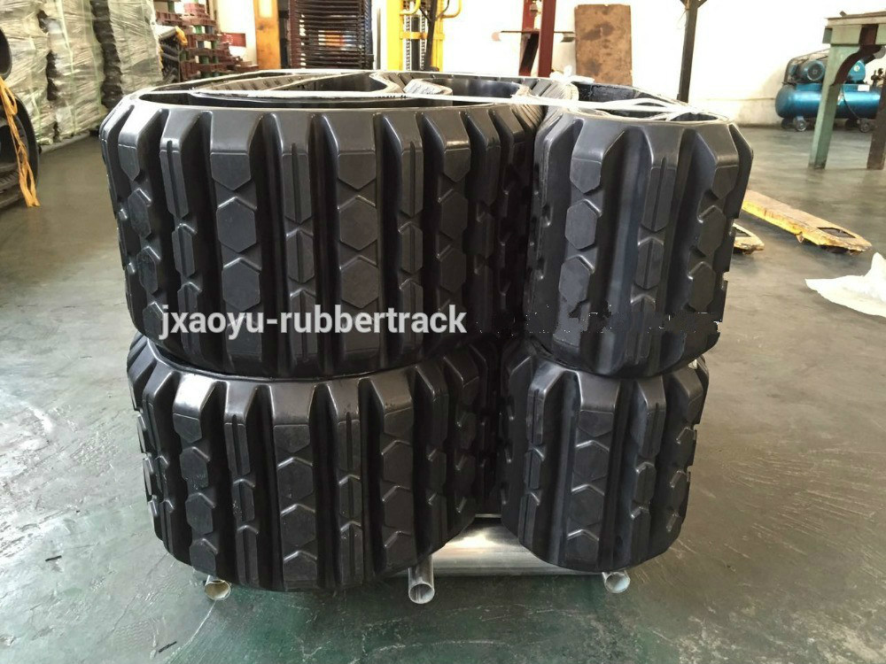 Rubber Tracks for Caterpillar 247b
