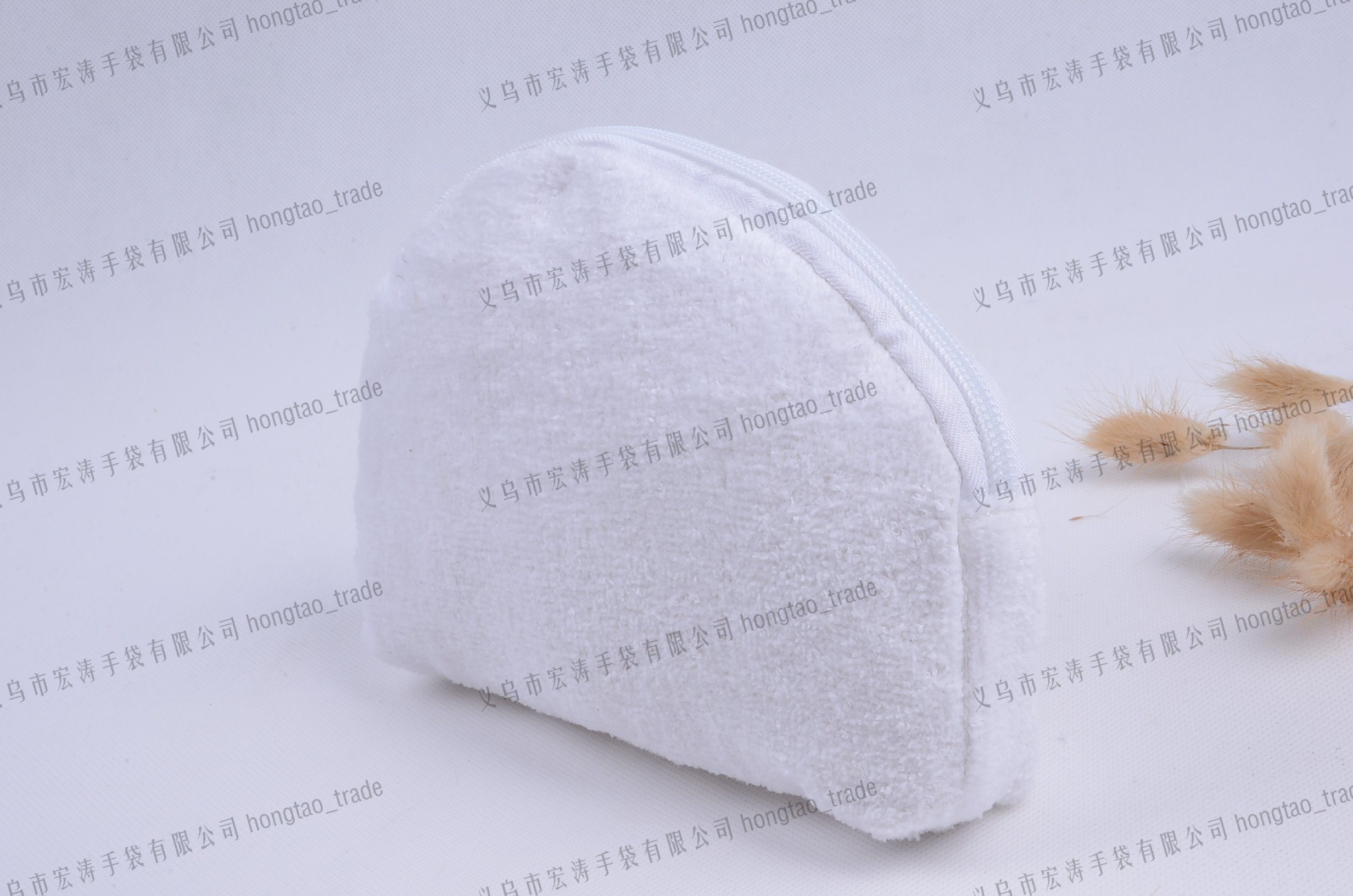 Embroider Logo Cotton Lining and Toweling Pouch Cosmetic