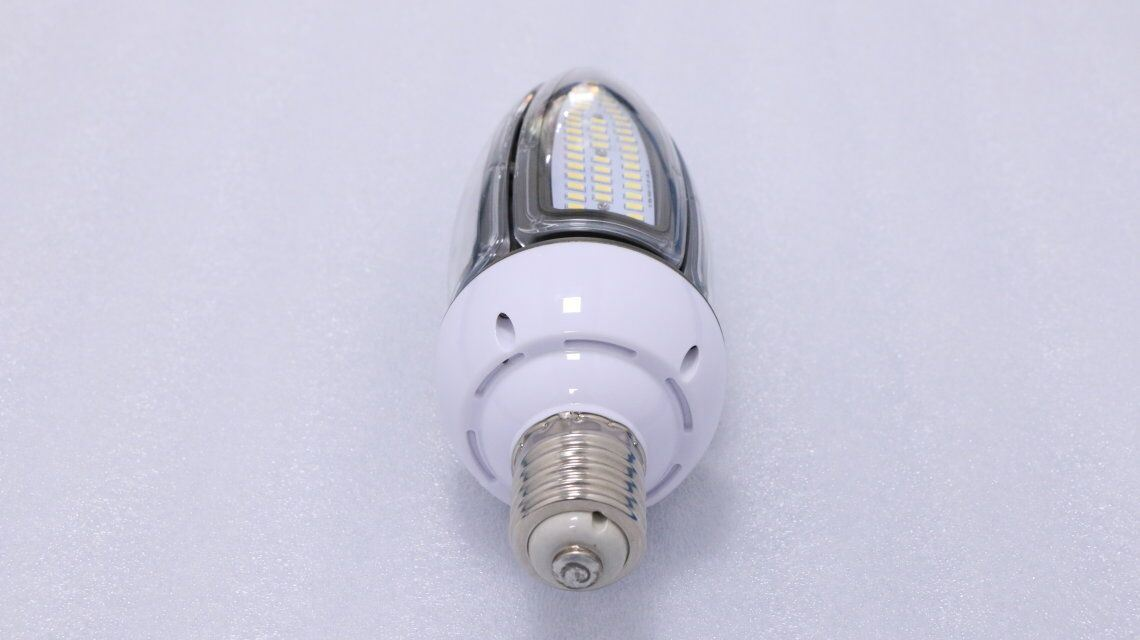 Newest Outdoor Product 30W Epistar SMD LED Corn Bulb Garden Light
