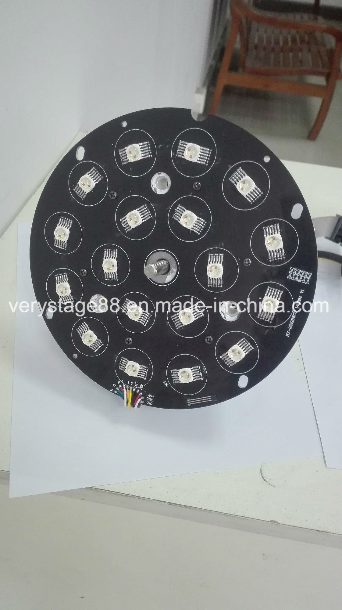 DMX512 18*15W RGBWA UV 6-in-1 LED Zoom PAR Light