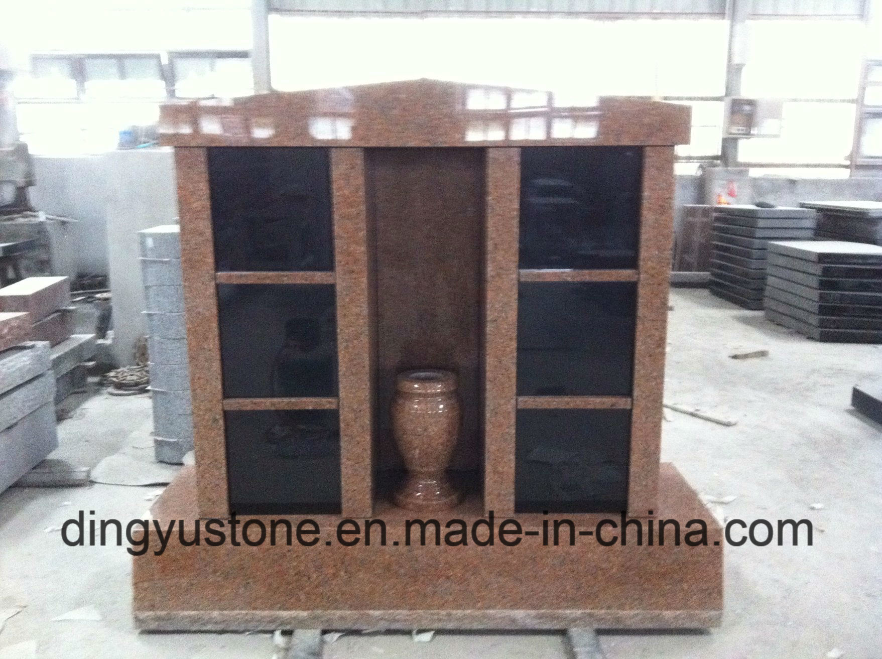 Red Granite Cremation Columbarium European Style Black Granite Tombstone