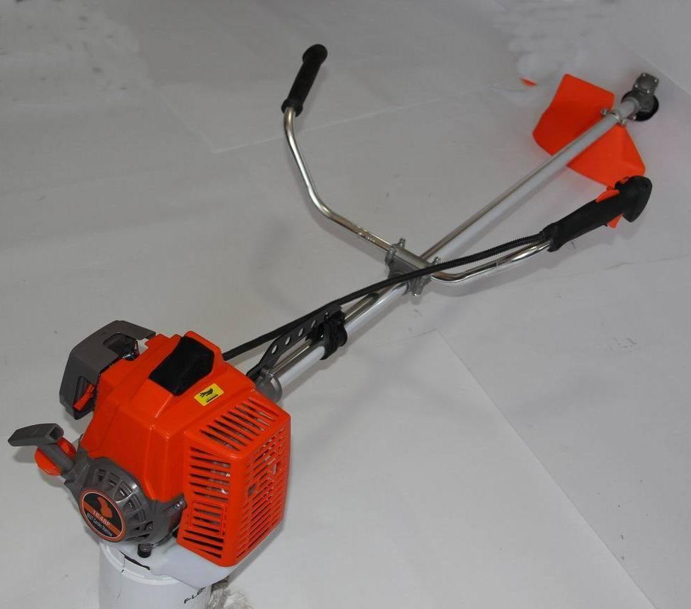 Heavy Duty Tree-Cutting Brush Cutter, 65cc, 3.5HP
