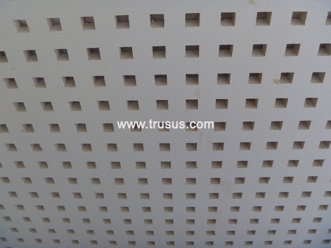 image.made-in-china.com/2f0j00wKgQqOYjyecn/Acoustic-Perforated-Plasterboard