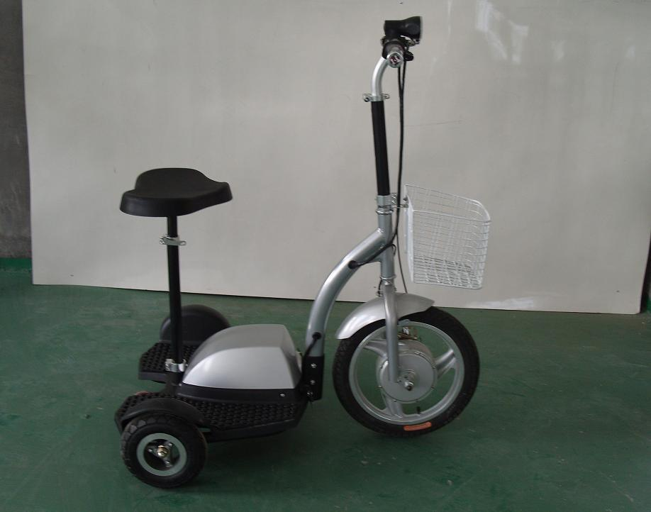 China Electric Scooter Three Wheel Segway With Speed Metal