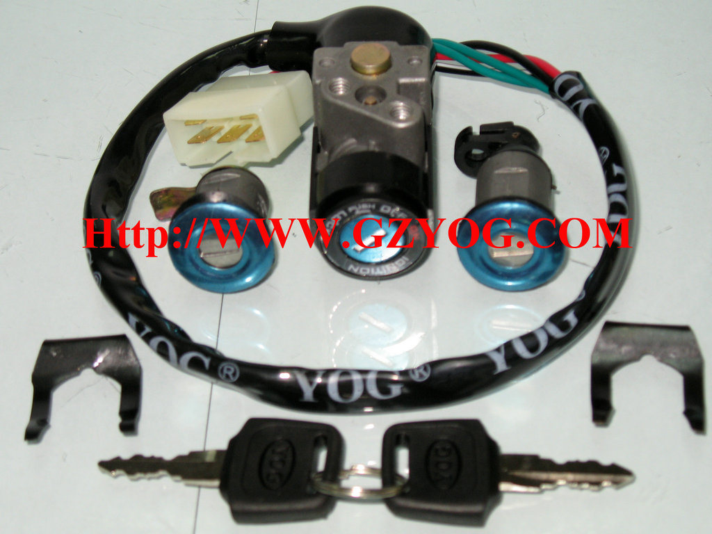 Yog Motorcycle Spare Parts Scooter Engine Gy6-125 150 CS125 Ds150 Key Set Clutch Assy Cdi Mirror Carburetor Stator Comp Oil Pump Chain Valve Gasket Bulb Movable