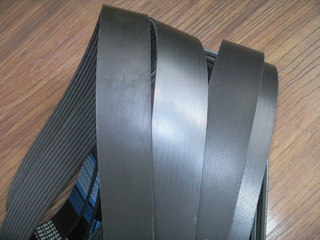 Rubber Poly V Belt 23pk2035