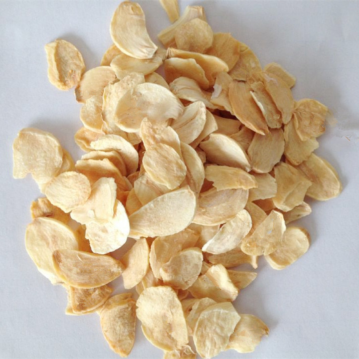Dehydrated Garlic Flakes Packed with 20kg Carton