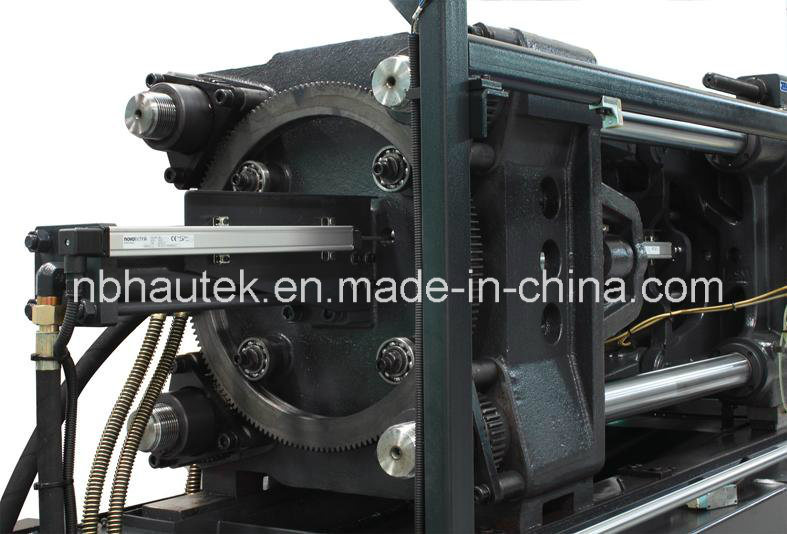 Automatic Plastic Product Injection Molding Machine