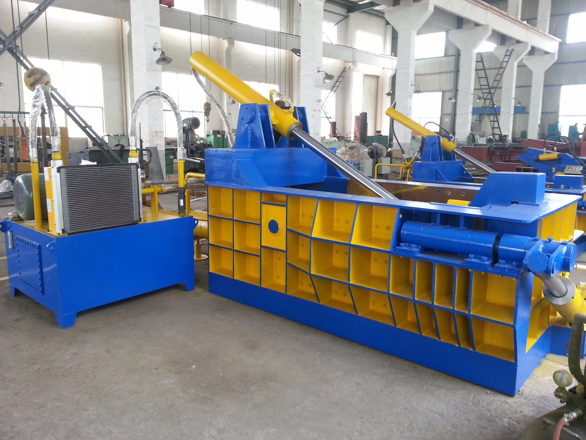 2017 Newest Horizontal Hydraulic Scrap Metal Baler/Compactor/Baling Machine
