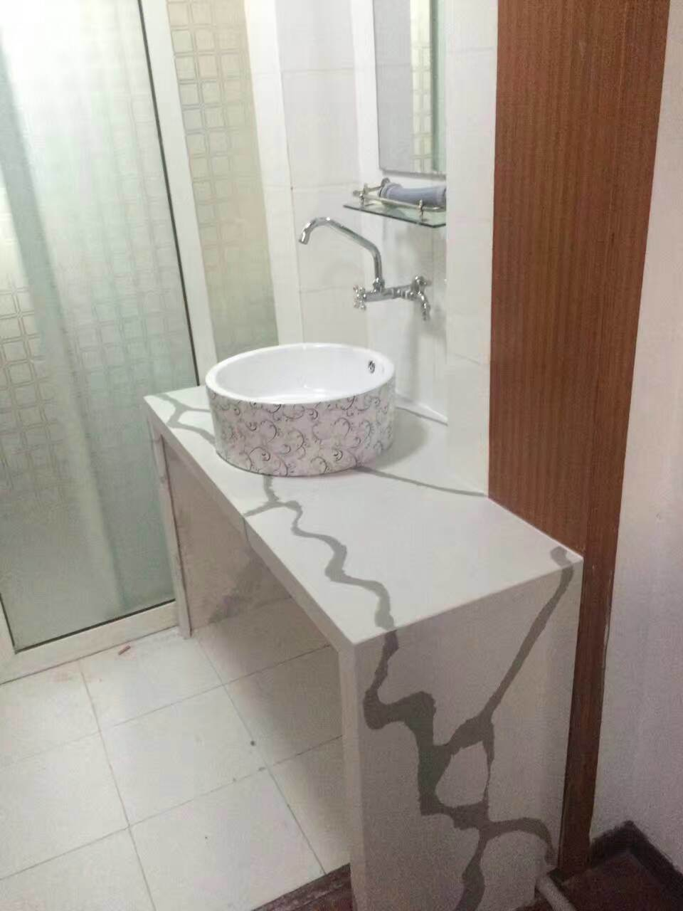 2017 Calacatta Color Quartz Stone for Countertops