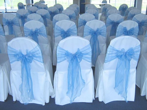 Wholesale Disposable Plastic Banquet Table Covers – 54 Inch x 108 Fr
