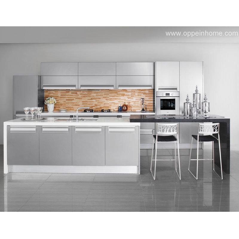 Кухня в серебристом цвете дизайн