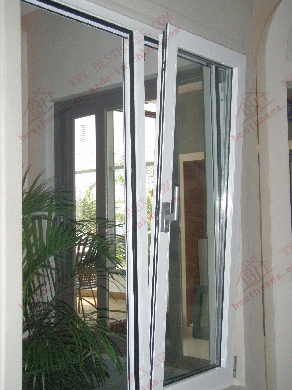 Power Coating Aluminum Tilt and Turn Window (BHA-TT01)