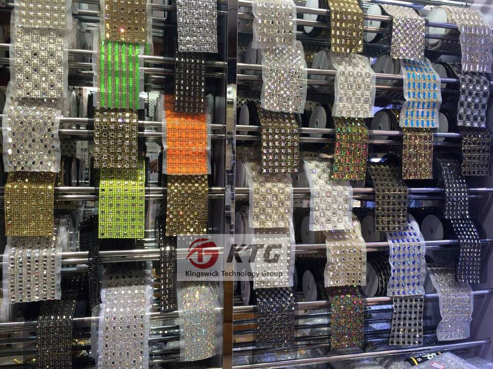 High Quality Hot Fix 3mm Aluminum Crystal Rhinestone Mesh