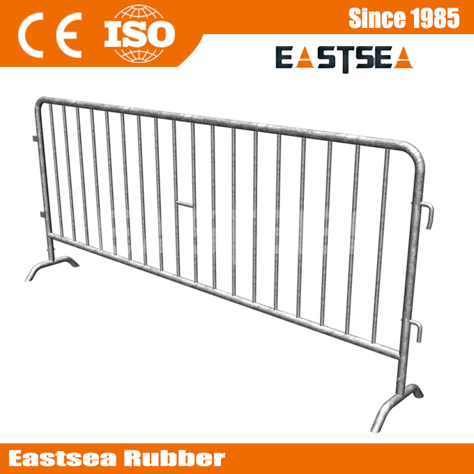C Style Road Safety Traffic Steel Crowd Control Barrier