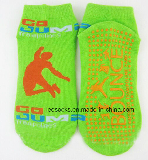 Customized Cotton Anti Slip Trampoline Sports Jumping Socks