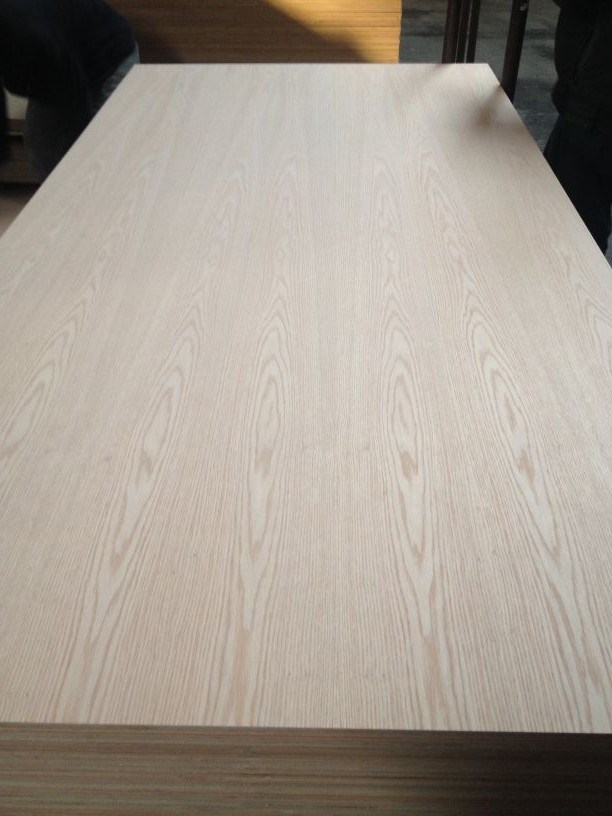 Natural Red Oak Fancy MDF /HDF 4.8mm 12mm Sales in The Mexico