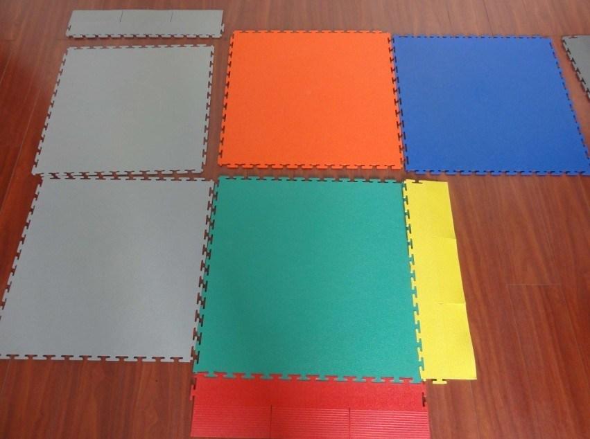 PVC, Rubber, Tegels