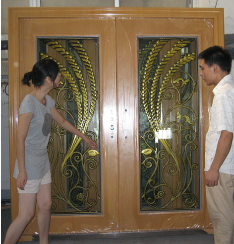 Elegant Front Doors http://petechina.en.made-in-china.com/product/wqNQgZOxyuhj/China-Elegant-Exterior-Metal-Door-with-Phoenix-Pattern-XLS-011-.html