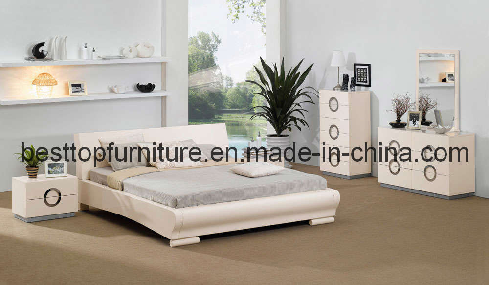 Glossy white bedroom furniture for bedroomfurniturebedroomfurnitureideaswithgraybedcoveronwhite