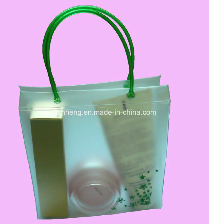 Factory offer custom new design plastic gift bag with clip handle (printed shopping bag)