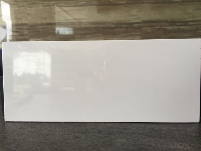 Super White 5.5mm Thickness Thin / Lamina Porcelain Tile