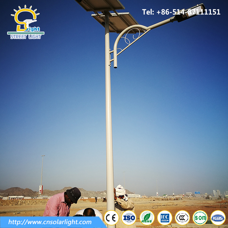 Good Design 6m 90W LED Lamp with Solar Panel in Dubai