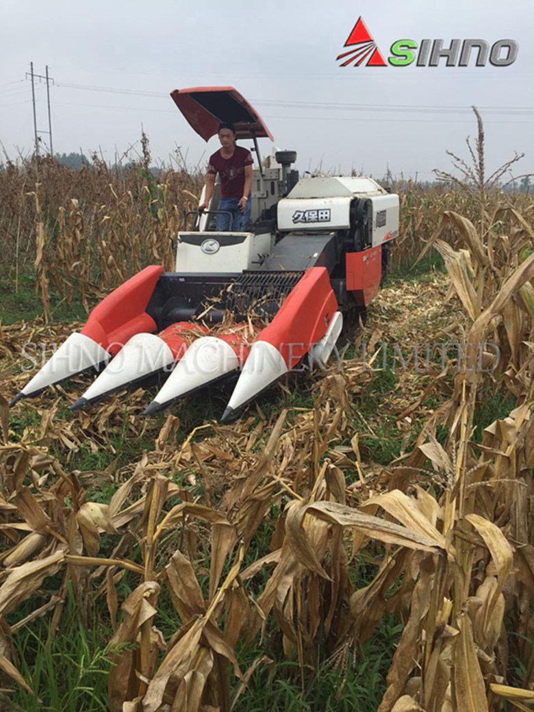 Interchangeable Corn Header with Harvester