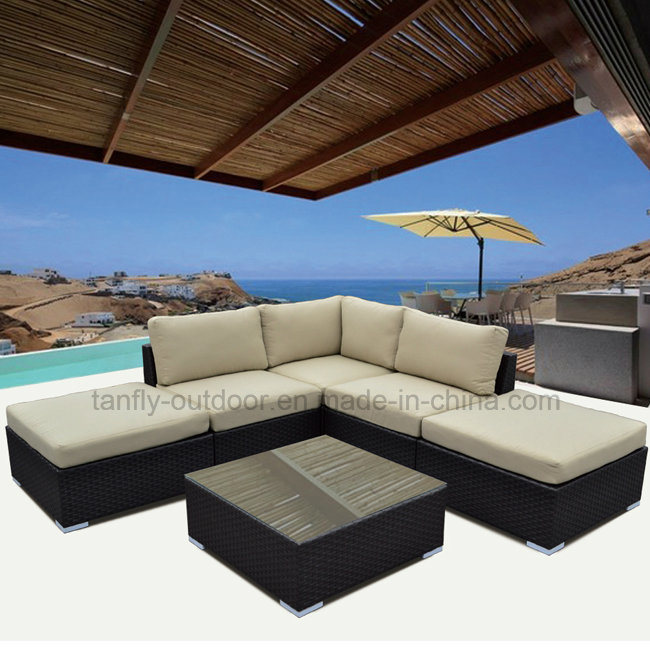 Stylish and Innovative 5 Seater Cube Sofa Set Rattan Furniture