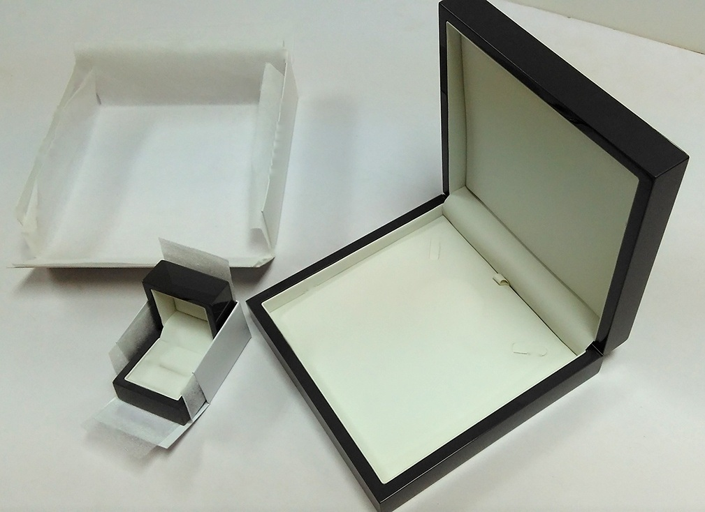 High Gloss Jewelry Wooden Box